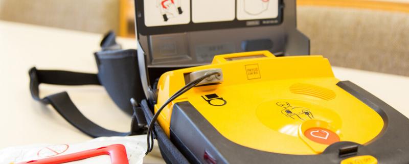 Qual è il costo del Defibrillatore? Ecco alcune regole per scegliere quello giusto!