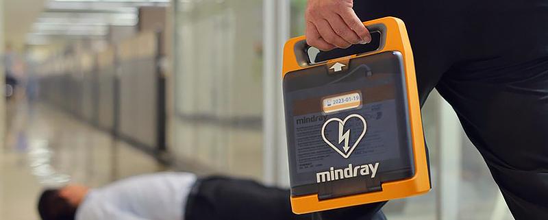8 buoni motivi per avere un Defibrillatore in Azienda