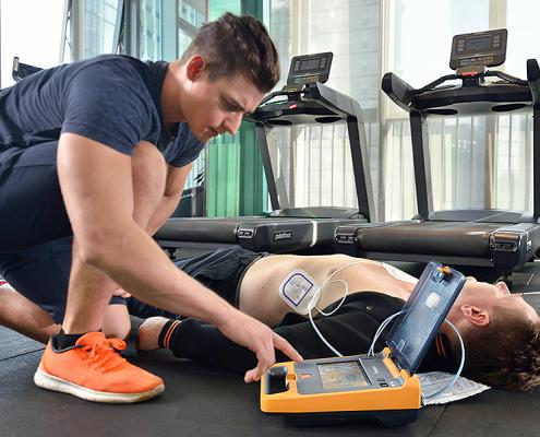 Defibrillatore nelle Palestre e negli Impianti Sportivi: è obbligatorio?